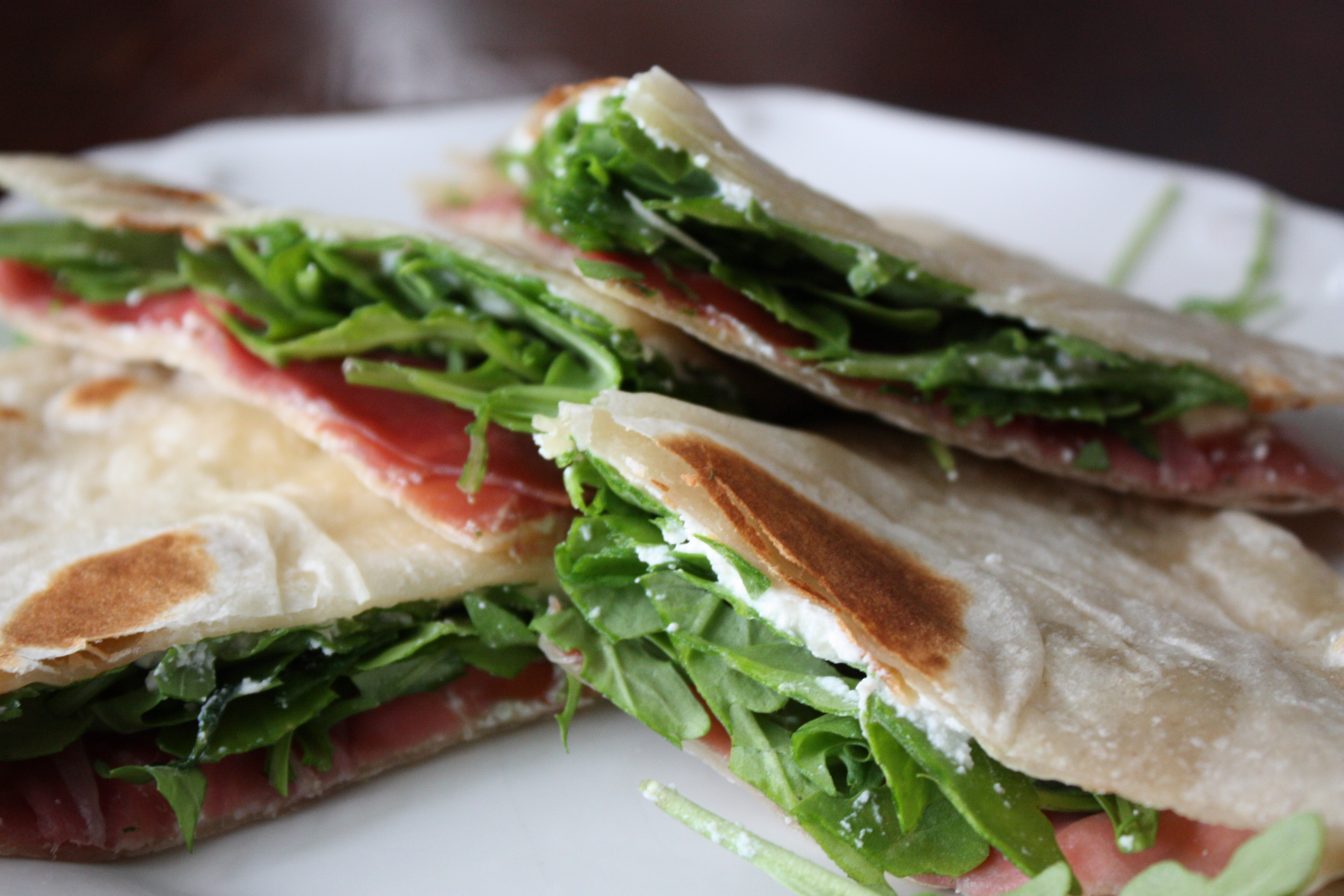 ARUGULA RICOTTA SANDWICHES- SERVING